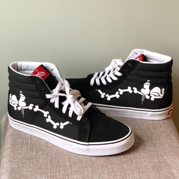 5a1ff2e9f58df1 Vans Peanuts x SK8-Hi  Snoopy Bones